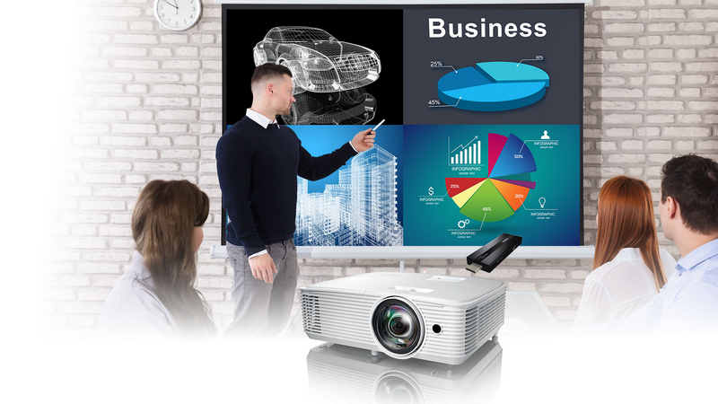 Optoma X318ST Short Throw Projector (Sold Out) Split-Screen-U2ST-72dpi